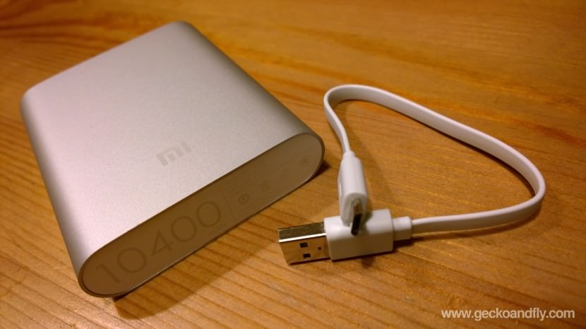 XiaoMi 10400 mAh Powerbank power bank samsung apple iphone Charger Somewhat short charging cable, then again, this is meant to be a portable charger thus this is not a big issue.